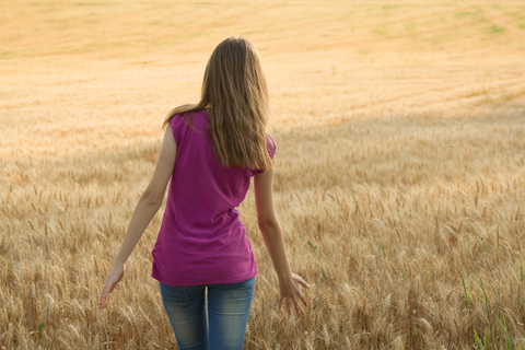 http://www.dreamstime.com/stock-photography-young-girl-field-image25431602